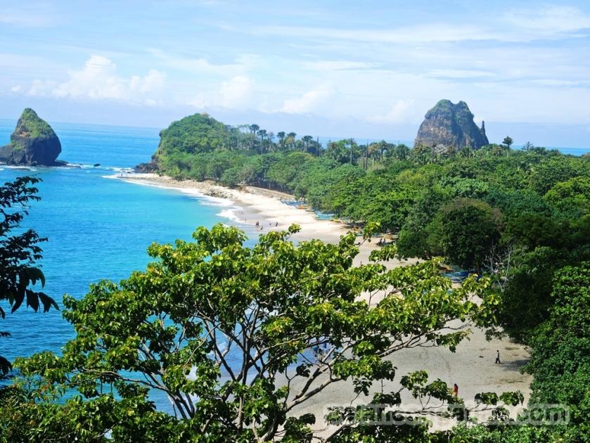 Pantai Papuma dilihat dari atas