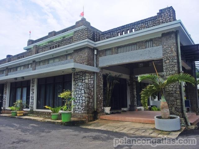 Bangunan utama di Bukit Menumbing