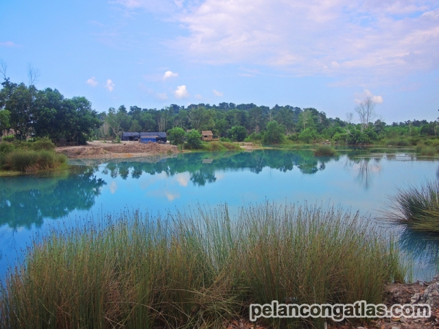 Danau bekas pertambangan timah