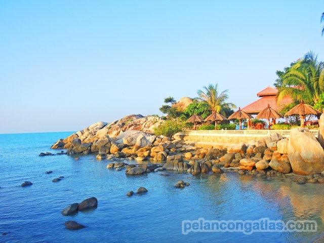 Rock Island di Parai Beach Resort